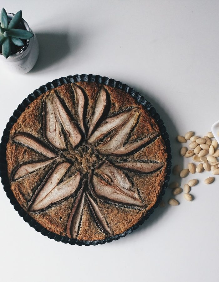 poppy-seed-almond-cake-993541_1920